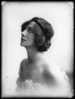 Florence Gladman (Mrs André Charlot), by Bassano Ltd - NPG x103951