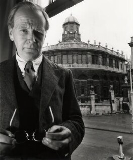 Sir Basil Henry Blackwell, by Norman Parkinson - NPG x30001