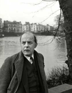 Sir John Betjeman, by John Gay, published March 1954 (1949) - NPG x126619 - © National Portrait Gallery, London