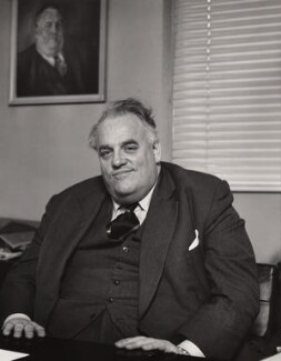 Cyril Smith, by Sefton Samuels - NPG x29884