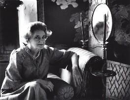 Patricia Christine Jellicoe (née O'Kane), Countess Jellicoe, by Lucinda Douglas-Menzies - NPG x29765