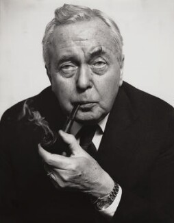 Harold Wilson, by Sefton Samuels, 1980 - NPG x29885 - © Sefton Samuels / National Portrait Gallery, London