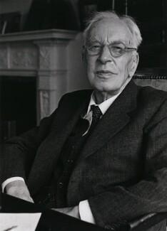 Arnold Joseph Toynbee, by Fay Godwin - NPG x12951