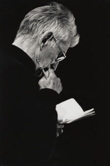 Samuel Beckett, by John Minihan, 1984 - NPG x28998 - © John Minihan / National Portrait Gallery, London