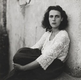 Leonora Carrington, by Lee Miller - NPG P1075