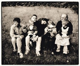Shaun Ryder with his family, by Harry Borden - NPG x126936