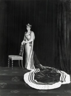 Maud, Queen of Norway, by Hay Wrightson - NPG x126941