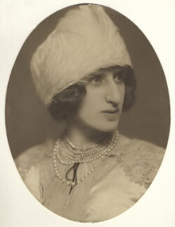 Lady Ottoline Morrell, by Lizzie Caswall Smith - NPG x144144