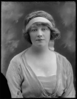 Gwladys Ethel Gwendolen Eugénie (née Sutherst), Marchioness Townshend (later le Stange), by Bassano Ltd - NPG x124389