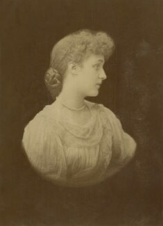 (Marion Margaret) Violet Manners (née Lindsay), Duchess of Rutland, by Michele Schemboche - NPG x144187