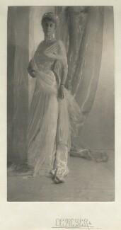 Gwladys Robinson, Marchioness of Ripon, by Baron Adolph de Meyer - NPG x14391