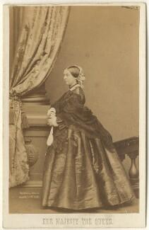 Queen Victoria, by John Jabez Edwin Mayall, 1861 - NPG Ax39784 - © National Portrait Gallery, London