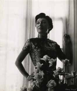 Han Suyin (née Elizabeth Kuanghu Chow, later Comber), by Ida Kar, 1958 - NPG  - © National Portrait Gallery, London