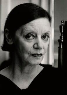 Jean Muir, by Jill Kennington, 1987 - NPG x127150 - © Jill Kennington / National Portrait Gallery, London