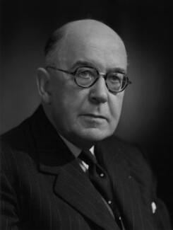Sir Brett Mackay Cloutman, by Bassano Ltd - NPG x170354
