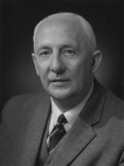 Lionel Vincent Evans, by Bassano Ltd, 27 September 1960 - NPG x170486 - © National Portrait Gallery, London