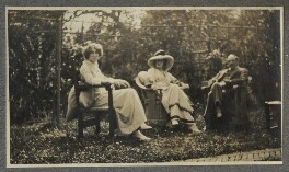(Helen) Violet Bonham Carter (née Asquith), Baroness Asquith of Yarnbury; Lady Ottoline Morrell and an unknown man, by Unknown photographer, 1914 - NPG Ax140420 - © National Portrait Gallery, London