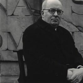 Simon Geoffrey Lindley, by John Arnison - NPG x127197