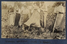 Gerald Frank Shove; Clive Bell and women farm workers, by Lady Ottoline Morrell - NPG Ax140512