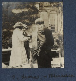 Julian Vinogradoff (née Morrell); Lionel Gomm (né Lionel Harry Weedon Collinson); Edmund Blunden, by Lady Ottoline Morrell, 1920 - NPG Ax140770 - © National Portrait Gallery, London