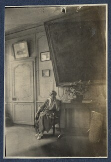 Ethel Sands, by Lady Ottoline Morrell - NPG Ax140837