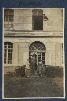 Ethel Sands; Lord Henry Cavendish-Bentinck; Lady Ottoline Morrell, by Unknown photographer - NPG Ax140835