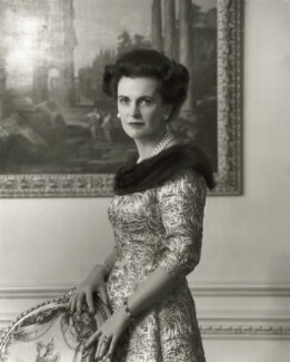 (Ethel) Margaret Campbell (née Whigham), Duchess of Argyll, by Rex Coleman, for  Baron Studios - NPG x125988