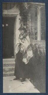 Virginia Woolf, by Lady Ottoline Morrell, circa 1917 - NPG Ax141322 - © National Portrait Gallery, London