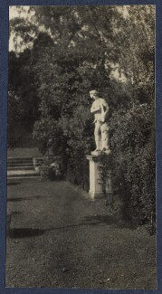 'Hot weather at Garsington', by Lady Ottoline Morrell - NPG Ax141523