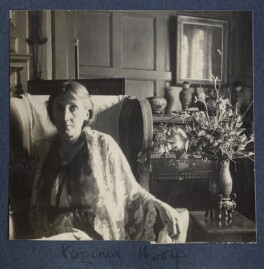 Virginia Woolf, by Lady Ottoline Morrell - NPG Ax141648