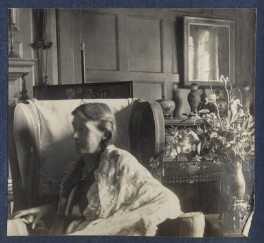 Virginia Woolf, by Lady Ottoline Morrell - NPG Ax141650
