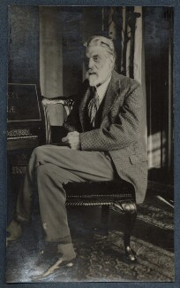 'Robert Bridges with a clavichord given him for his 80th birthday', by Lady Ottoline Morrell - NPG Ax142018
