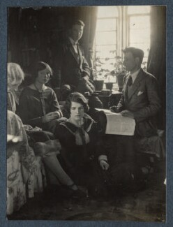 'Aunt Ethel, Susan Feilding, Bob, Siegfried and me', by Lady Ottoline Morrell - NPG Ax142028