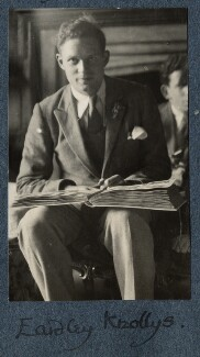 Eardley Knollys, by Lady Ottoline Morrell - NPG Ax142031