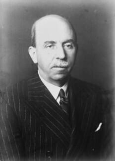 Sir Harold Delf Gillies, copy by Walter Stoneman - NPG x446