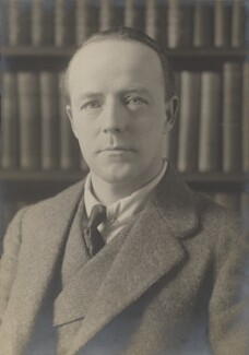 Walter Runciman, 1st Viscount Runciman of Doxford, by Walter Stoneman, for  James Russell & Sons, circa 1916 - NPG Ax39097 - © National Portrait Gallery, London