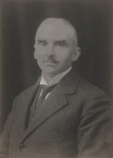 Charles Ainsworth, by Walter Stoneman, 1919 - NPG x65861 - © National Portrait Gallery, London