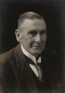 Sir William Henry Mahoney Christie, by Walter Stoneman - NPG x67070
