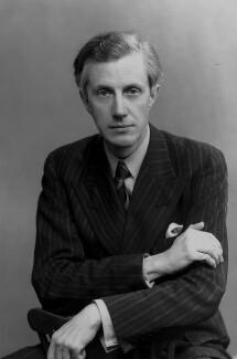 Sir George Edward Gordon Catlin, by Elliott & Fry - NPG x81803