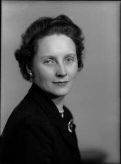 Mary Evelyn Hogg (née Martin), Viscountess Hailsham, by Elliott & Fry - NPG x82432