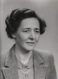 Estelle Inez Ommanney Adamson, by Elliott & Fry - NPG x86111