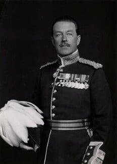 Harold Rupert Leofric George Alexander, 1st Earl Alexander of Tunis, by Elliott & Fry, 1942 (1922) - NPG x86139 - © National Portrait Gallery, London