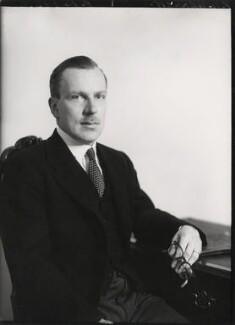Sir Frederic Mackarness Bennett, by Elliott & Fry - NPG x86362