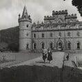 Margaret (Whigham), Duchess of Argyll; Ian Douglas Campbell, 11th Duke of Argyll, by (Edward) Russell Westwood - NPG x35594