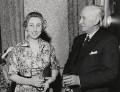 Beres Evelyn Beresford (née Pym); Frank Ernest Beresford, by Van Hallan Press Agency - NPG x184214